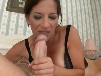 Arousing Maw Melissa Monet Fucks Young Bushwa