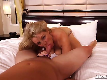 An amateur blonde milf is often having coition with guys she meets regarding various situations